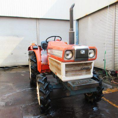 滋賀県高島市 トラクター L2002DT  農機具